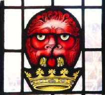 lion head heraldic stained glass by Jude Tarrant glasspainter